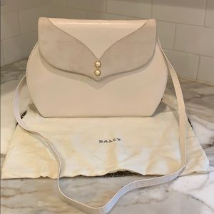 👛Bally leather and suede cream purse